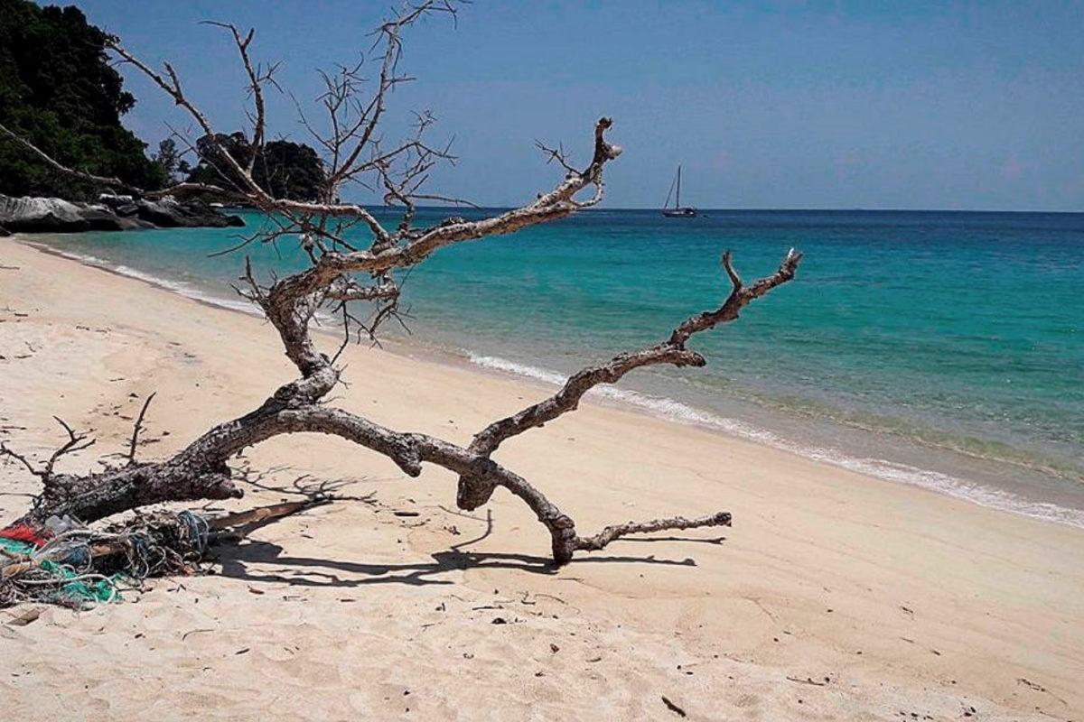 Райский остров Тиоман. Пляжи острова. Где остановиться